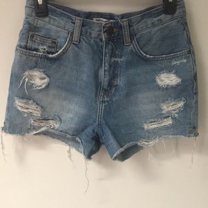 Zara midrise light wash shorts